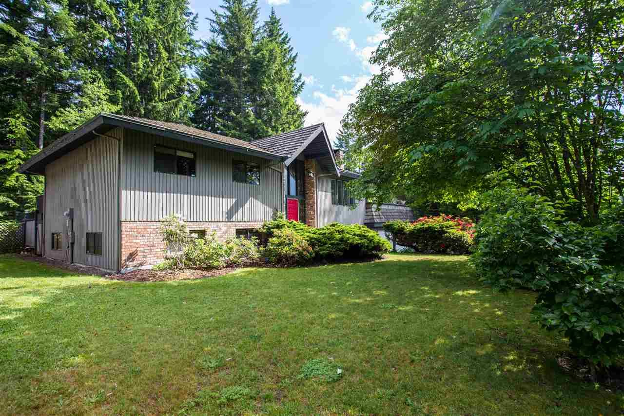 Main Photo: 40176 KINTYRE Drive in Squamish: Garibaldi Highlands House for sale : MLS®# R2074610