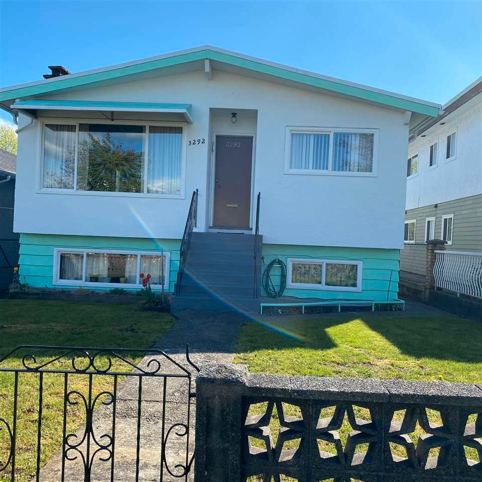 Main Photo: 3292 QUEENS Avenue in Vancouver: Collingwood VE House for sale (Vancouver East)  : MLS®# R2571537