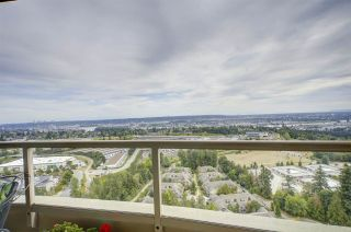 """Photo 16: 2401 6888 STATION HILL Drive in Burnaby: South Slope Condo for sale in """"SAVOY CARLTON"""" (Burnaby South)  : MLS®# R2424113"""
