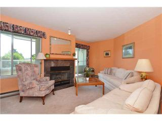 "Photo 2: 211 7600 FRANCIS Road in Richmond: Broadmoor Condo for sale in ""WINDSOR GREENE"" : MLS®# V1130653"