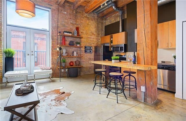 Main Photo: 363 Sorauren Ave Unit #206 in Toronto: Roncesvalles Condo for sale (Toronto W01)  : MLS®# W3724289
