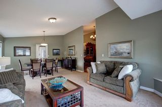 Photo 4: 96 Wood Valley Rise SW in Calgary: Woodbine Detached for sale : MLS®# A1094398