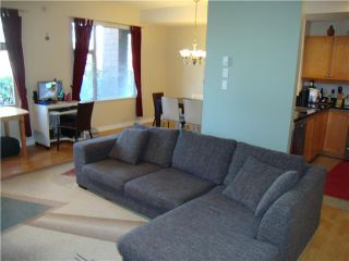 "Photo 2: # 109 38 7TH AV in New Westminster: GlenBrooke North Condo for sale in ""ROYCROFT"" : MLS®# V982137"