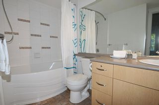 """Photo 10: 308 2968 SILVER SPRINGS Boulevard in Coquitlam: Westwood Plateau Condo for sale in """"TAMARISK"""" : MLS®# R2174996"""