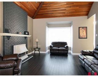 """Photo 5: 19746 84TH Avenue in Langley: Willoughby Heights House for sale in """"WEST LATIMER/ WILLOUGHBY"""" : MLS®# F2825635"""