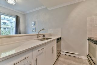"""Photo 6: 23 795 W 8TH Avenue in Vancouver: Fairview VW Townhouse for sale in """"DOVER COURT"""" (Vancouver West)  : MLS®# R2457753"""