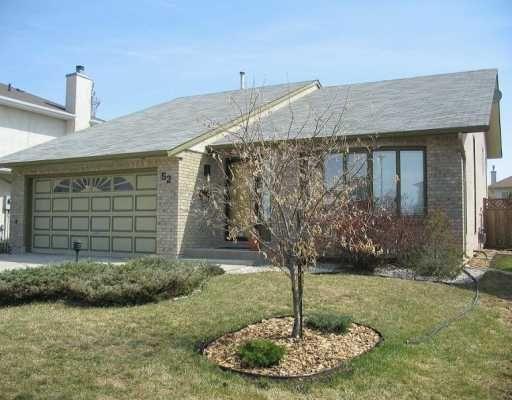 Main Photo: 52 HIGH LAKE Bay in WINNIPEG: Fort Garry / Whyte Ridge / St Norbert Single Family Detached for sale (South Winnipeg)  : MLS®# 2706938