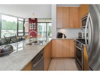 """Photo 10: 306 400 CAPILANO Road in Port Moody: Port Moody Centre Condo for sale in """"ARIA II AT SUTTERBROOK"""" : MLS®# V1126880"""