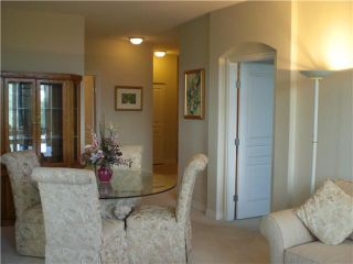 """Photo 5: 407 588 W 45TH Avenue in Vancouver: Oakridge VW Condo for sale in """"THE HEMMINGWAY"""" (Vancouver West)  : MLS®# V970203"""