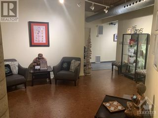 Photo 4: 52 ARMSTRONG STREET in Ottawa: Retail for lease : MLS®# 1246765
