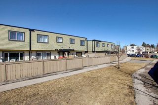 Photo 33: 22 3809 45 Street SW in Calgary: Glenbrook Row/Townhouse for sale : MLS®# A1090876