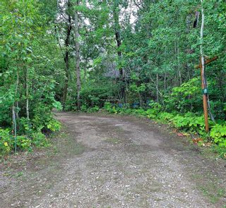 Photo 2: 18 Park Drive in Grand Marais: White Sands Residential for sale (R27)  : MLS®# 202121025