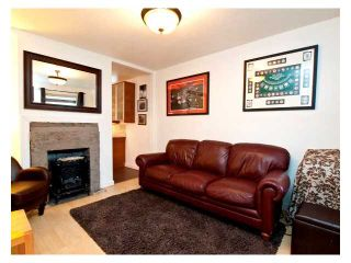 Photo 8: 614 E 4TH Street in North Vancouver: Queensbury House for sale : MLS®# V848038