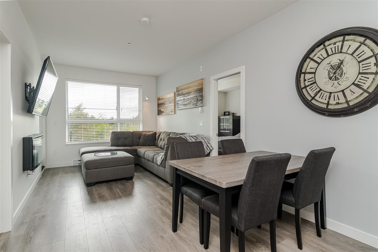 """Photo 6: Photos: 306 20829 77A Avenue in Langley: Willoughby Heights Condo for sale in """"The Wex"""" : MLS®# R2509468"""