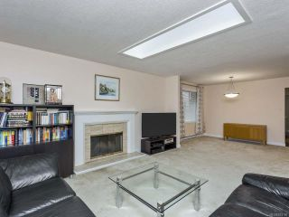 Photo 3: 5837 Brigantine Dr in NANAIMO: Na North Nanaimo House for sale (Nanaimo)  : MLS®# 833190