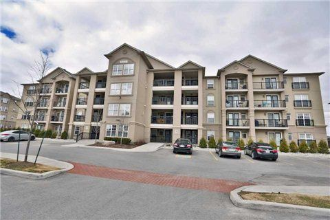 Main Photo: 25 1360 E Main Street in Milton: Dempsey Condo for sale : MLS®# W3167193