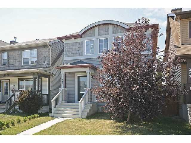 Main Photo: 227 AUBURN BAY Heights SE in CALGARY: Auburn Bay Residential Detached Single Family for sale (Calgary)  : MLS®# C3630074