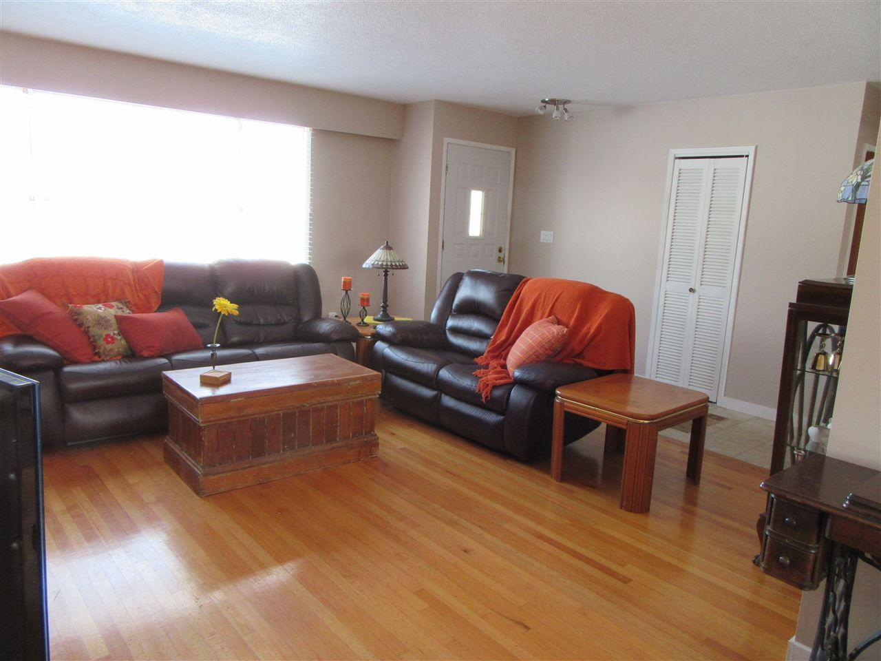 Photo 3: Photos: 522 RADCLIFFE Drive: Quinson House for sale (PG City West (Zone 71))  : MLS®# R2433646