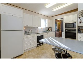 "Photo 12: 84 2270 196 Street in Langley: Brookswood Langley Manufactured Home for sale in ""Pineridge Park"" : MLS®# R2511479"