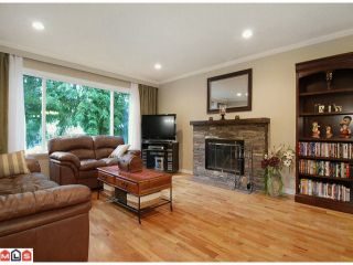 """Photo 2: 4815 201 Street in Langley: Langley City House for sale in """"Simonds"""" : MLS®# F1202417"""