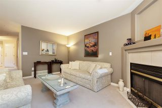 """Photo 4: 1 19270 122A Avenue in Pitt Meadows: Central Meadows Townhouse for sale in """"HERON COURT"""" : MLS®# R2433591"""