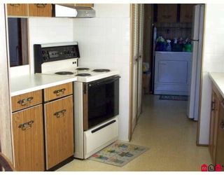 """Photo 5: 93 1884 MCCALLUM Road in ABBOTSFORD: Central Abbotsford Manufactured Home for sale in """"GARDEN VILLAGE"""" (Abbotsford)  : MLS®# F2908962"""