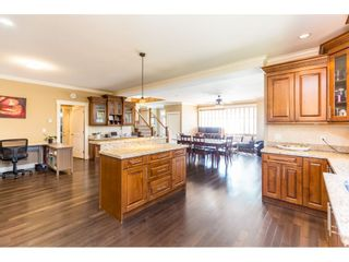 Photo 8: 6201 48A Avenue in Delta: Holly House for sale (Ladner)  : MLS®# R2396607