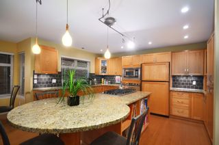 Photo 8: 2716 W 37TH Avenue in Vancouver: Kerrisdale House for sale (Vancouver West)  : MLS®# V1031547