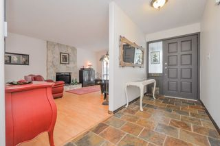 Photo 2: 1982 WILTSHIRE Avenue in Coquitlam: Cape Horn House for sale : MLS®# R2045669