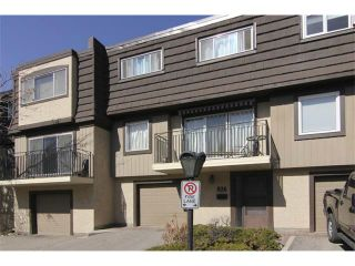 Photo 2: 826 3130 66 Avenue SW in Calgary: Lakeview House for sale : MLS®# C4004905