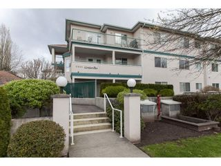 """Photo 1: 202 5955 177B Street in Surrey: Cloverdale BC Condo for sale in """"WINDSOR PLACE"""" (Cloverdale)  : MLS®# R2160255"""