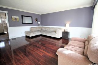 Photo 3: 187 Second Avenue South in Yorkton: Residential for sale : MLS®# SK860760