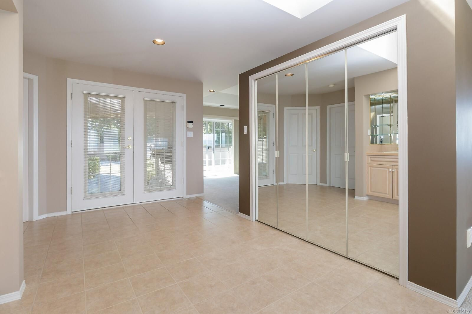 Photo 19: Photos: 26 529 Johnstone Rd in : PQ French Creek Row/Townhouse for sale (Parksville/Qualicum)  : MLS®# 885127