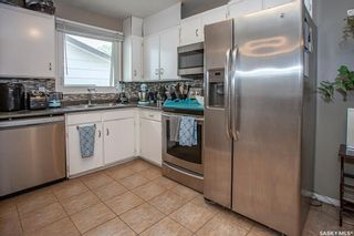 Photo 8: 550 Fisher Crescent in Saskatoon: Confederation Park Residential for sale : MLS®# SK865033