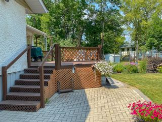 Photo 33: 5 Connaught Place in Pinawa: R18 Residential for sale : MLS®# 202118519