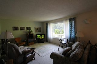 Photo 6: 2492 Forest Drive: Blind Bay House for sale (Shuswap)  : MLS®# 10115523