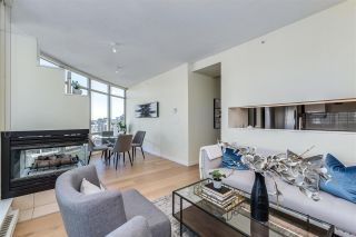 """Photo 2: 2304 1200 ALBERNI Street in Vancouver: West End VW Condo for sale in """"Palisades"""" (Vancouver West)  : MLS®# R2587109"""