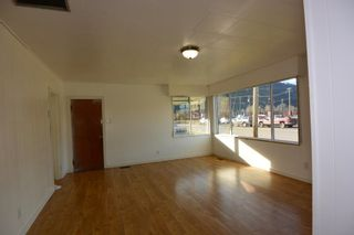 Photo 4: 1032 KING Street in Smithers: Smithers - Town House for sale (Smithers And Area (Zone 54))  : MLS®# R2429352