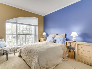 """Photo 9: PH10 511 W 7TH Avenue in Vancouver: Fairview VW Condo for sale in """"BEVERLY GARDENS"""" (Vancouver West)  : MLS®# R2156639"""