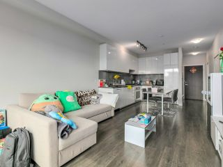 Photo 7: 507 9388 TOMICKI Avenue in Richmond: West Cambie Condo for sale : MLS®# R2616913