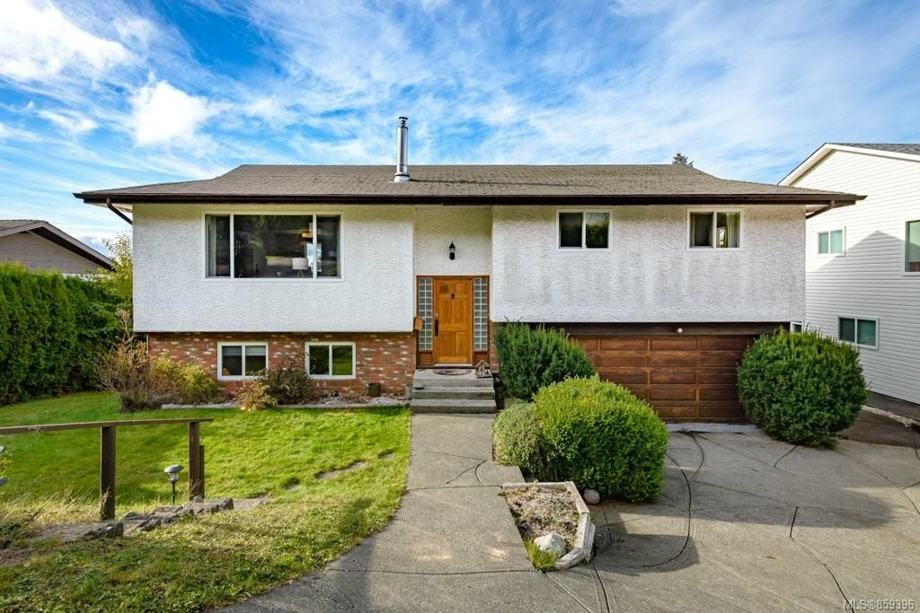 Main Photo: 384 Panorama Cres in : CV Courtenay East House for sale (Comox Valley)  : MLS®# 859396