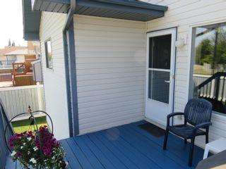 Photo 37: 929 116A Street in Edmonton: Zone 16 House for sale : MLS®# E4256079