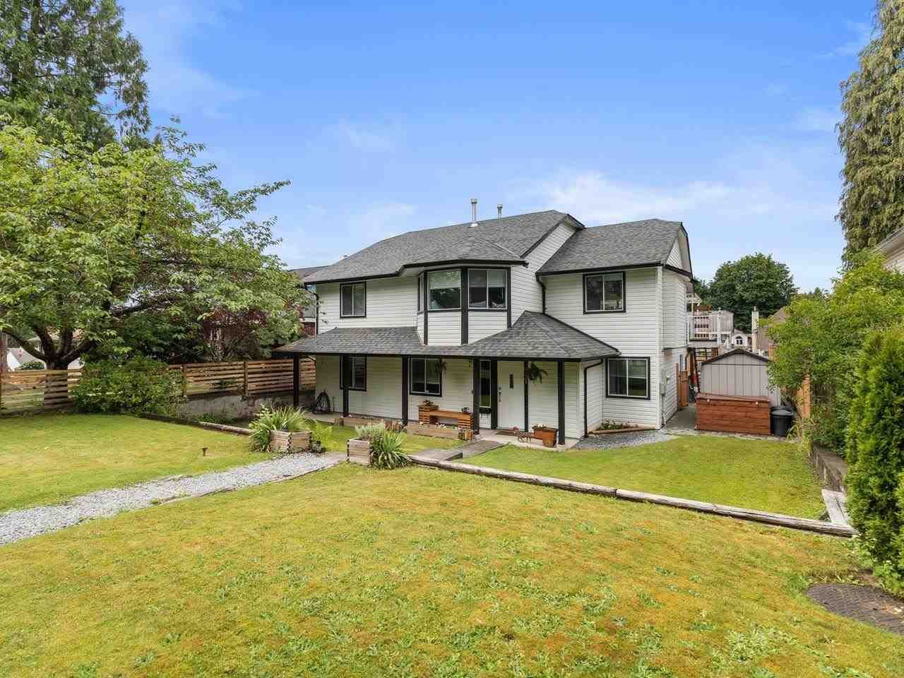 Main Photo: 23375 124 Avenue in Maple Ridge: East Central House for sale : MLS®# R2592625