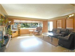 Photo 3: 3356 Summerhill Cres in VICTORIA: Co Wishart South House for sale (Colwood)  : MLS®# 336679