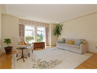 """Photo 2: 9 7760 BLUNDELL Road in Richmond: Broadmoor Townhouse for sale in """"SUNNYMEDE ESTATES"""" : MLS®# V942111"""