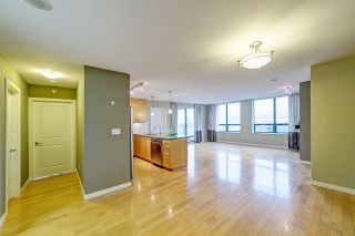 """Photo 6: 3006 4333 CENTRAL Boulevard in Burnaby: Metrotown Condo for sale in """"Presidia"""" (Burnaby South)  : MLS®# R2423050"""