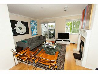 """Photo 2: 114 4238 ALBERT Street in Burnaby: Vancouver Heights Townhouse for sale in """"VILLAGIO ON THE HEIGHTS"""" (Burnaby North)  : MLS®# V1089614"""