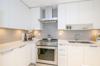 """Photo 7: TH1 1768 GILMORE Avenue in Burnaby: Willingdon Heights Townhouse for sale in """"Escala"""" (Burnaby North)  : MLS®# R2418211"""