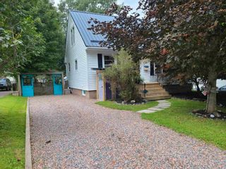 Photo 1: 74 Exhibition Street in Truro: 104-Truro/Bible Hill/Brookfield Residential for sale (Northern Region)  : MLS®# 202123578