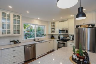 Photo 17: 5480 Mildmay Rd in : Na Pleasant Valley House for sale (Nanaimo)  : MLS®# 863146